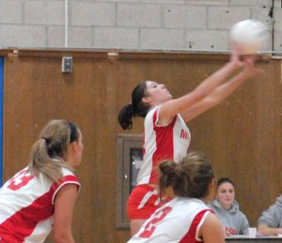 Melrose Lady Raiders Volleyball: 'Ship' Shape, Melrose 3-0