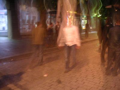 Amiga de camisola grandes seios na frente meu marido 2 1