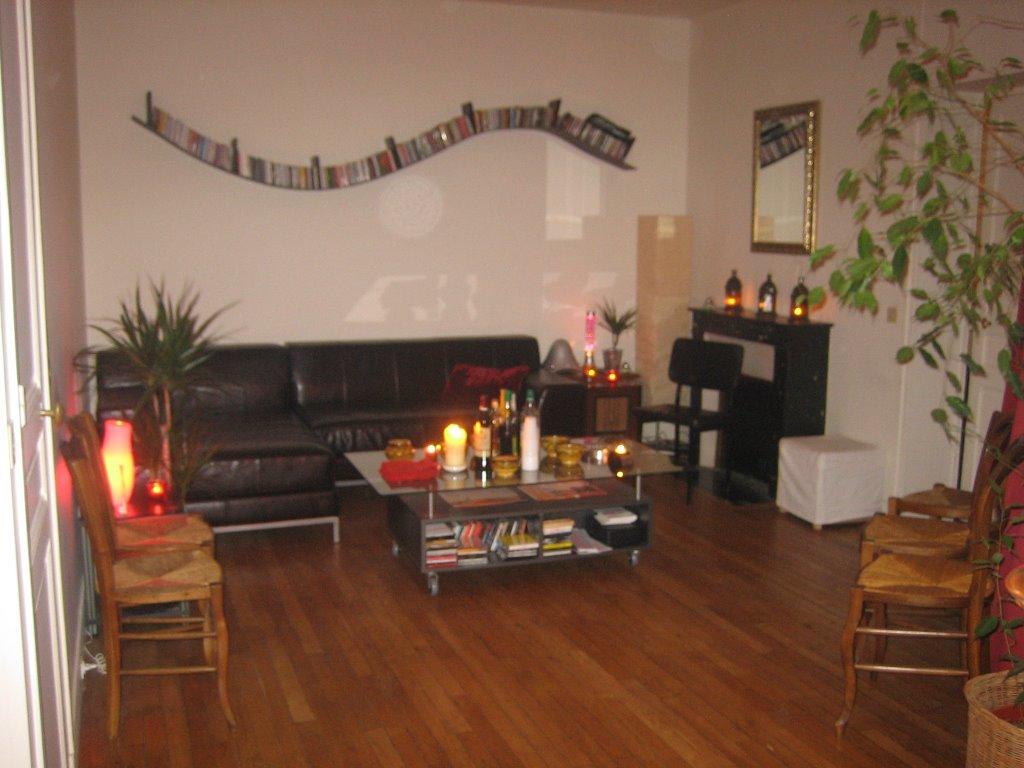 soiree pute. Black Bedroom Furniture Sets. Home Design Ideas