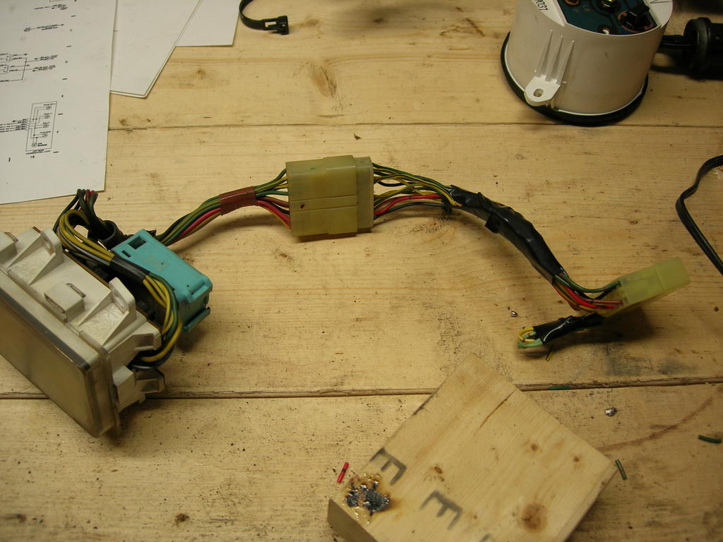 mo' wiring & fuel pickup tube