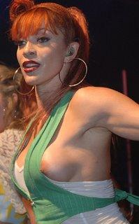 Shakira Nippel