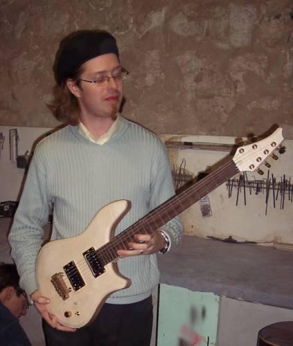guitare quart de ton