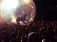 The Flaming Lips live @ Ferrara Sotto Le Stelle, 1/7/2006 - photo by EhiUomo!