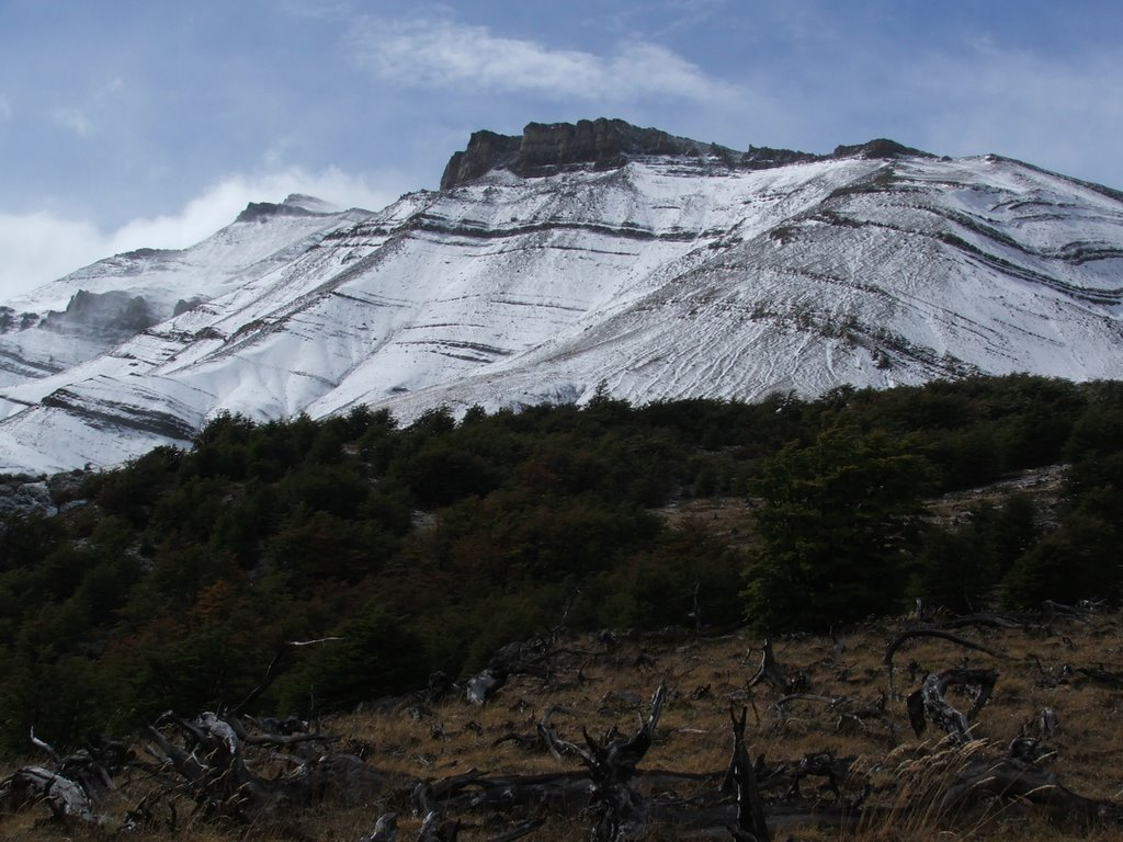 Friday Field Foto #1: Snow-covered outcrop | WIRED