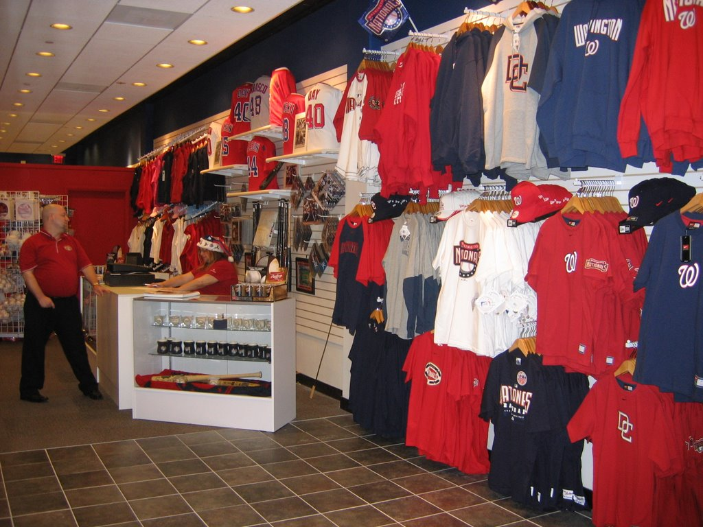 outlet store 70a83 7735b washington nationals team store