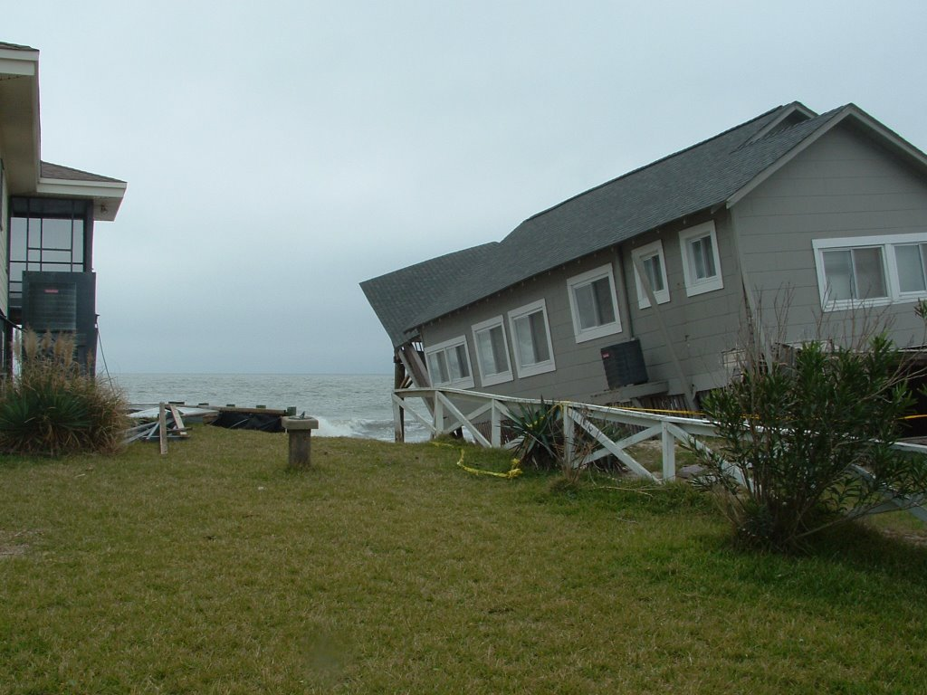 The Ocean Is Slowly But Surely Claiming Some Of These Old Beachfront Houses Hopefully Renourishment Project Will Help