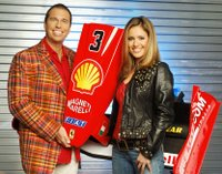 A car racing show presented by Nazan Eckes and Kai Ebel. Photo: RTL / Menne