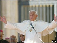 Pope Benedict says his comments were misunderstood