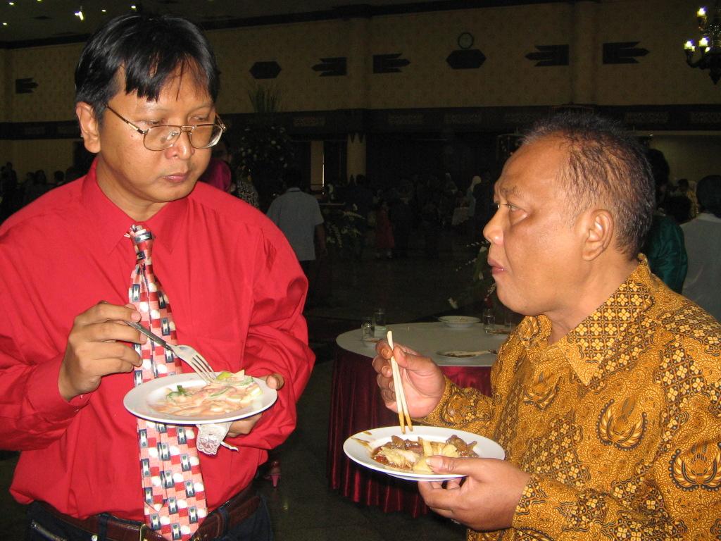 Satrio Arismunandar - Bangkitlah Indonesia!: KONSEP-KONSEP KUNCI EKONOMI INFORMASI