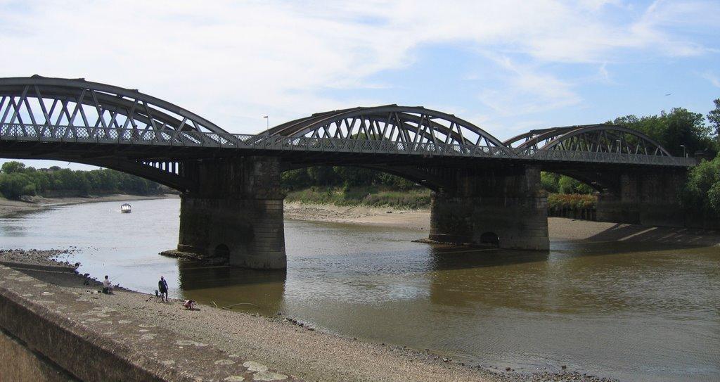 Along The Thames (and other walks): Bridges No.23 - Barnes ...