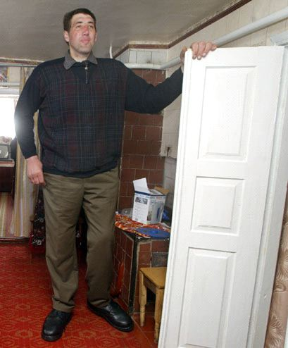 Robert Wadlows Height The Worlds Tallest Man Page 9