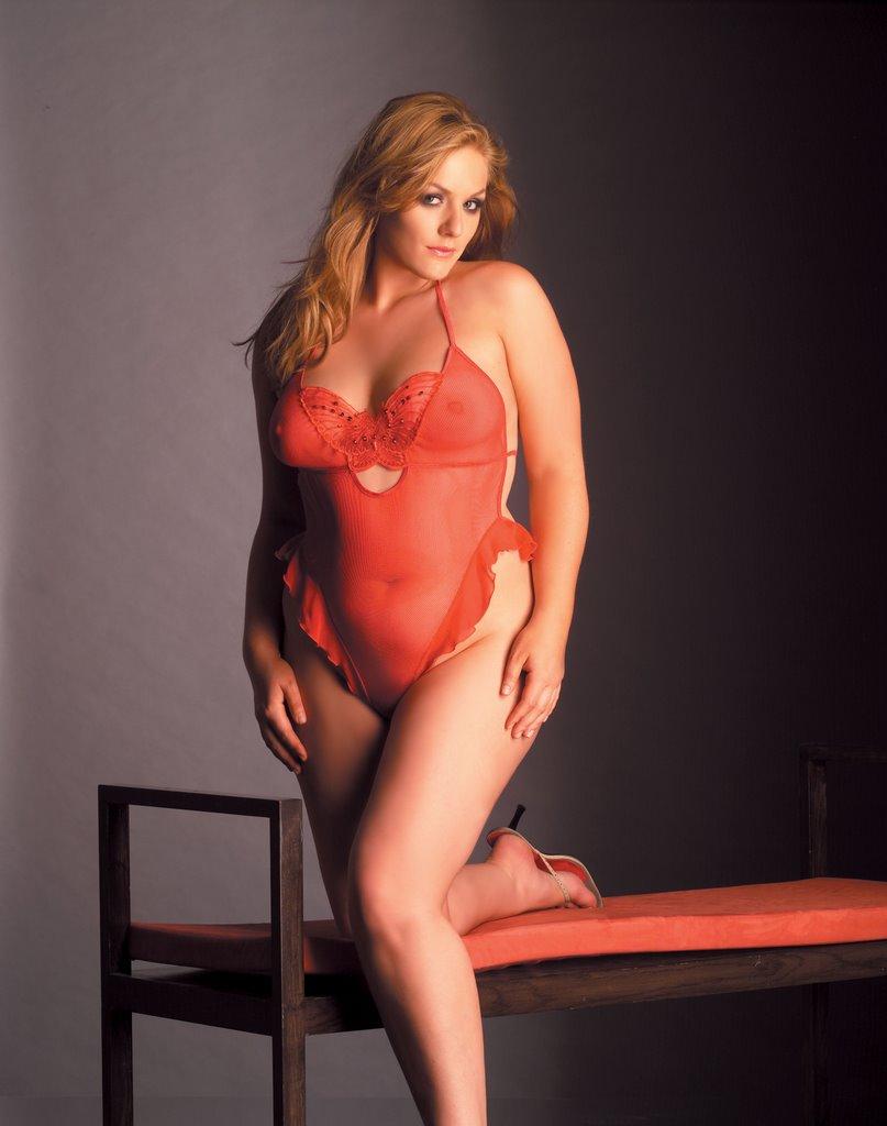 Full Figure Women Lingerie 115