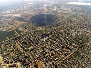 Foto del agujero más profundo de la Tierra