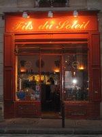 Republique Restaurant Table Vichy Rose