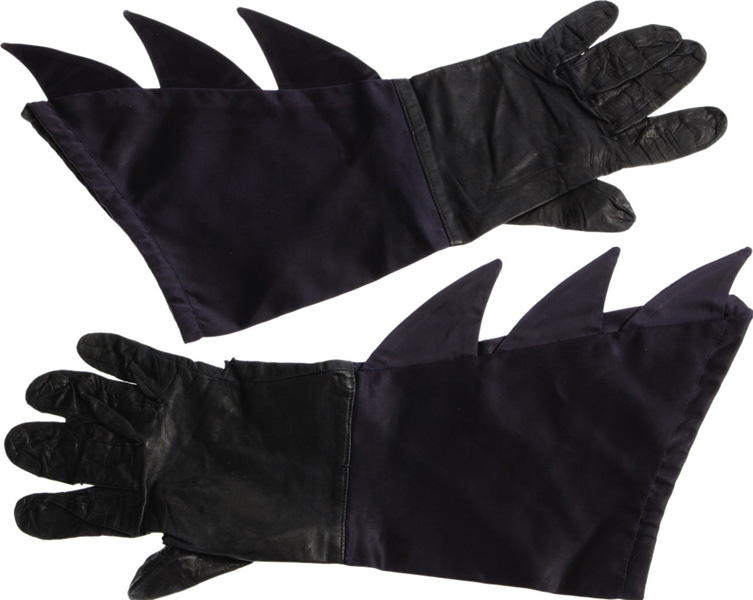Recently on Oct 7th Heritage Auctions of Dallas sold an Original Pair of BATMAN COSTUME GLOVES worn by Adam West on the 1966 TV show!  sc 1 st  Bat-Blog & BAT - BLOG : BATMAN TOYS and COLLECTIBLES: Heritage Comics Sells ...