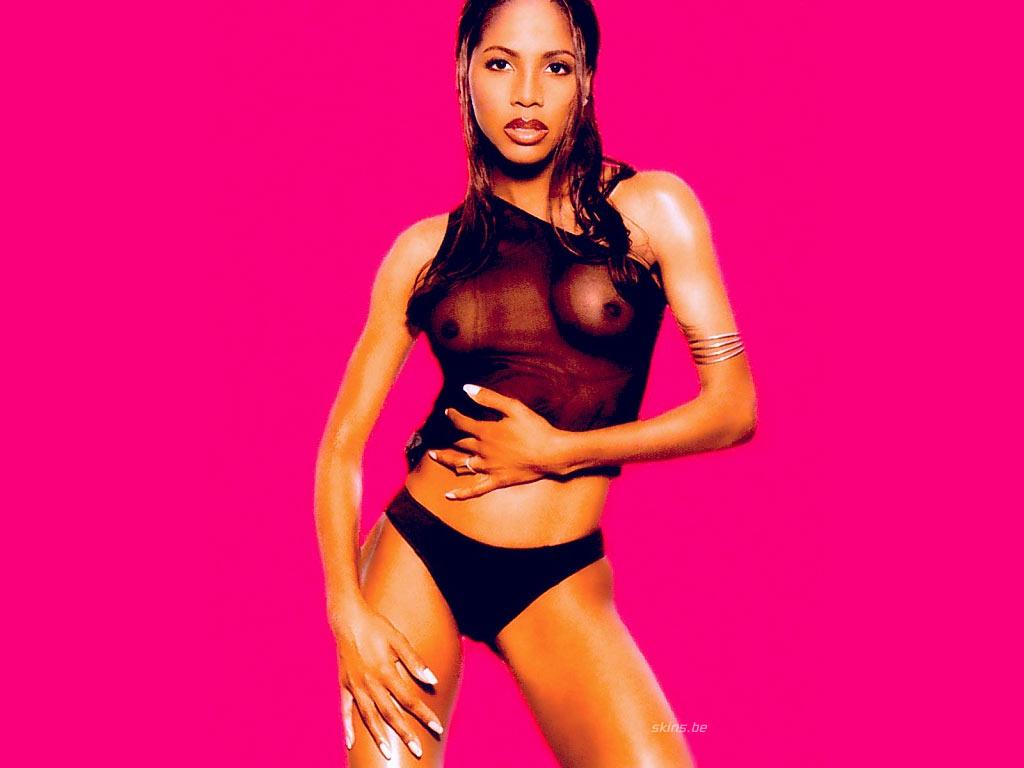 Toni braxton nipple slip long time