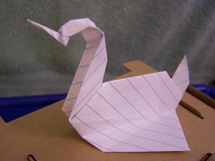 Prison break (2005). How to create the Origami Swans | Prison ... | 525x700