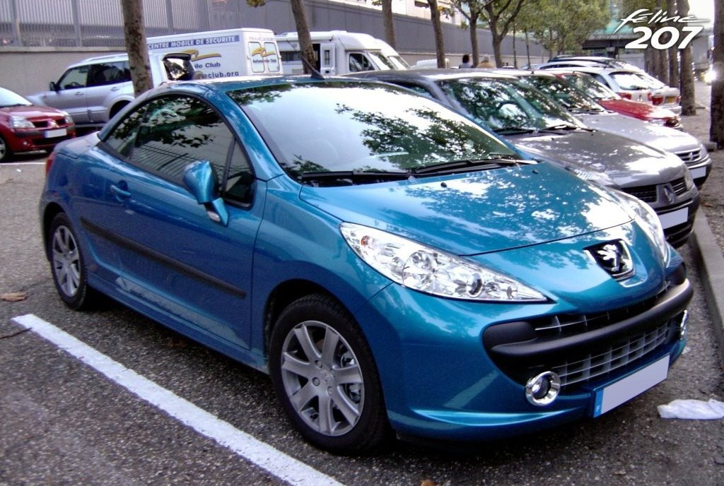 carscoop scooped peugeot 207 cc. Black Bedroom Furniture Sets. Home Design Ideas
