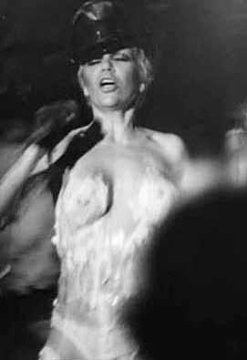 Joanna garcia topless