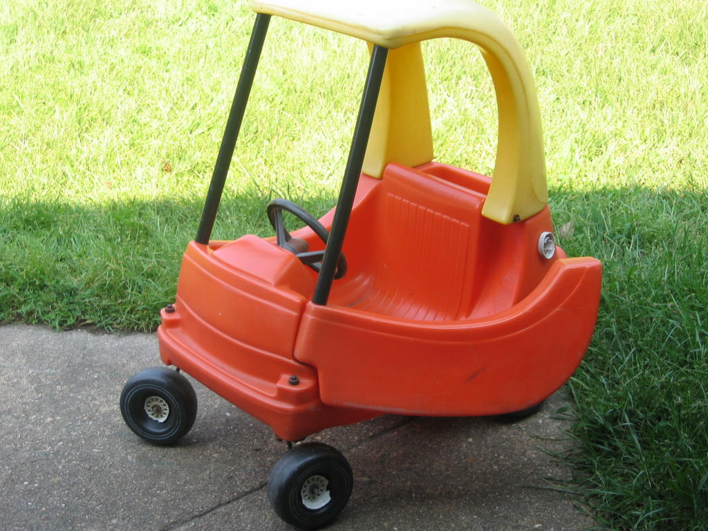 Morgan & Zach: Pimp My Cozy Coupe