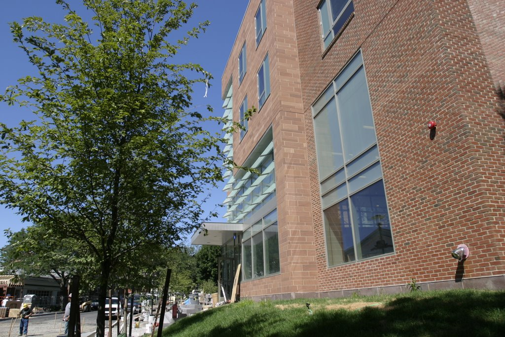 Tufts Academic Calendar.Tufts University To Open First Green Dorm Facility Executive