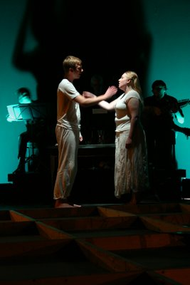 Brian Cummings in the role of Him, Elizabeth Baber in the role of Her, Ground, Ignoti Dei Opera, 2006, photo by Greg McLeskey