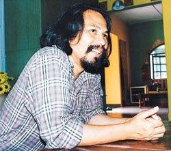 Prahara Seni - pengumpul berita seniman M Nasir: Jun 2001
