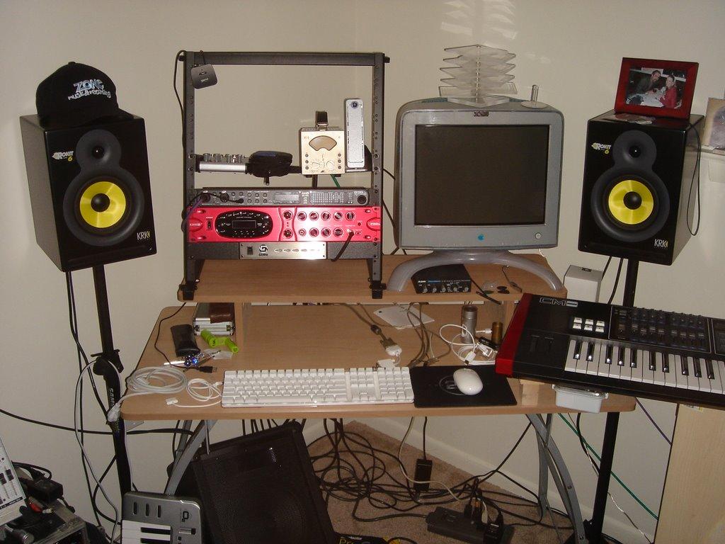 palm recording studio set up victor tarassov. Black Bedroom Furniture Sets. Home Design Ideas