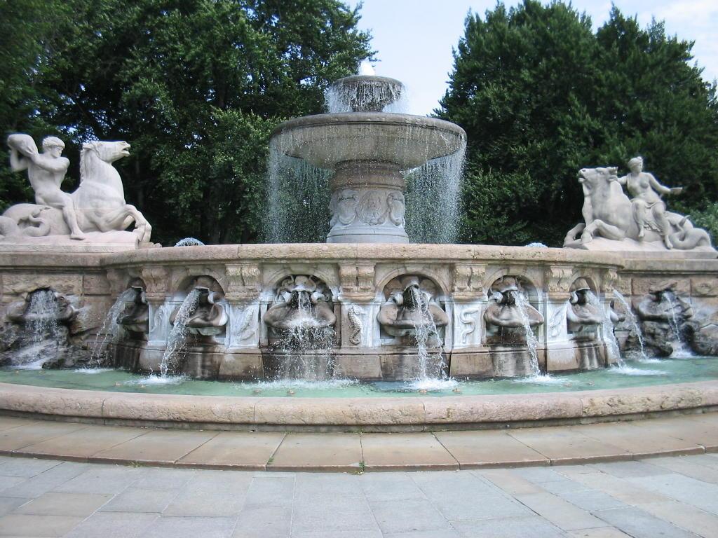 Brunnen in München ~ 07043525_Brunnen Bohren Garten München