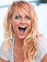 Ashlee simpson long tongue