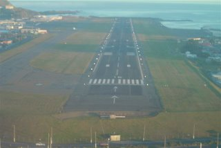 Final approach runway 16