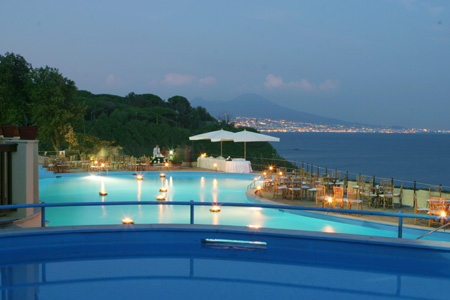 Location Matrimonio Spiaggia Napoli : Matrimoni e ristoranti: villa fattorusso posillipo napoli