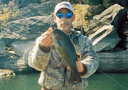 Lake Tenkiller smallmouth bass fishing report submitted by Darris Smith
