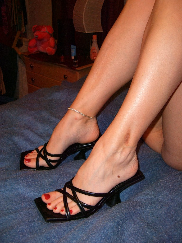 my wife feet and legs