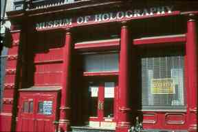 Museum of Holography in SOHO. Photo by Paul D. Barefoot.