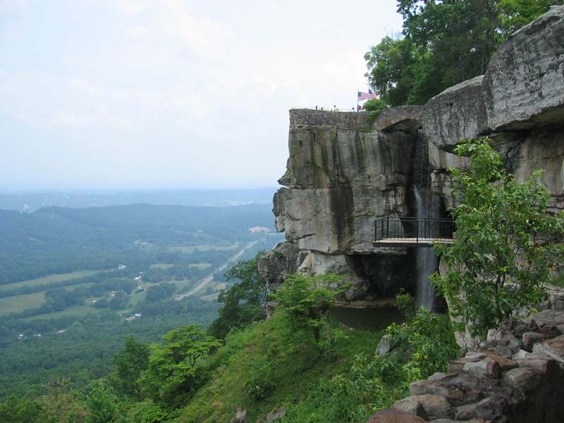 House On Top Of Lookout Mountain: THINGS TO DO IN CHATTANOOGA