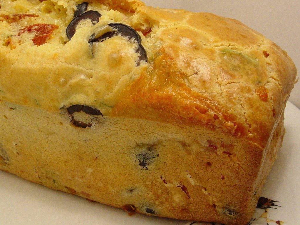 Cake Chevre Tomates S Ef Bf Bdch Ef Bf Bdes Olives