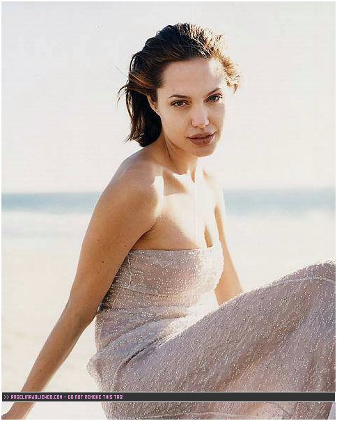 Angelina jolie original sin unrated - 5 3