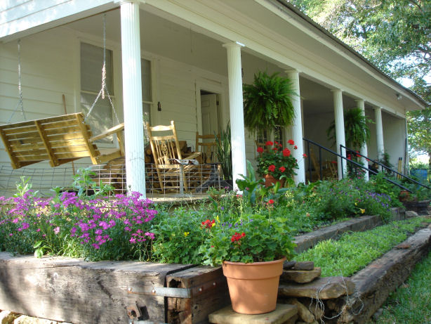 Country Farm House And Land For Rent