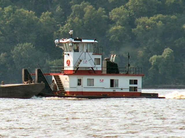 Tucker Boats: Tucker Tow Boat 1976 BRAND MARIE
