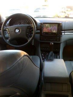 BMW 325Xi with UMPC/ Carputer/ Car PC SETUP by: Uli Suratos