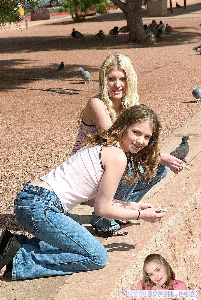 Jeans-Teens: Little April