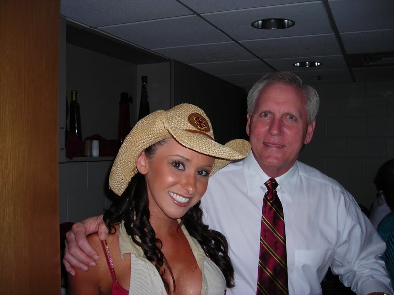 Something Jenn stergers ass hole the same