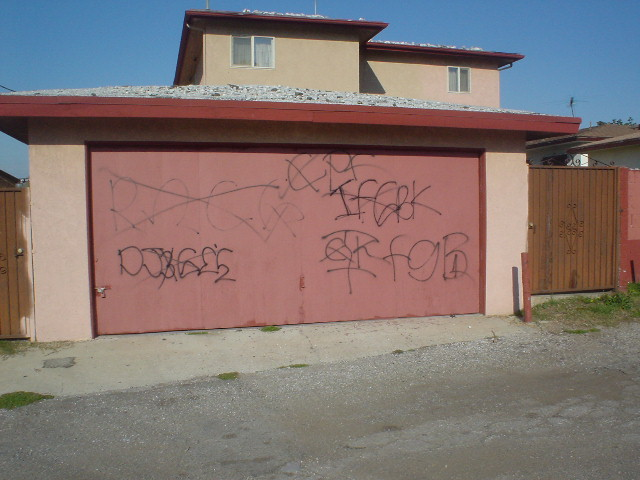 GANG GRAFFITI, ART & CULTURE: Inglewood Family Gangster Blood