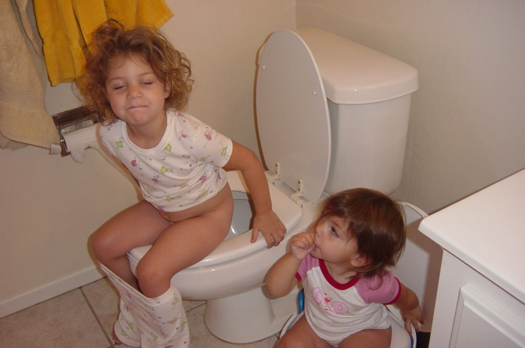 girl-little-girl-nude-toilet-lesbian-college-scholarships