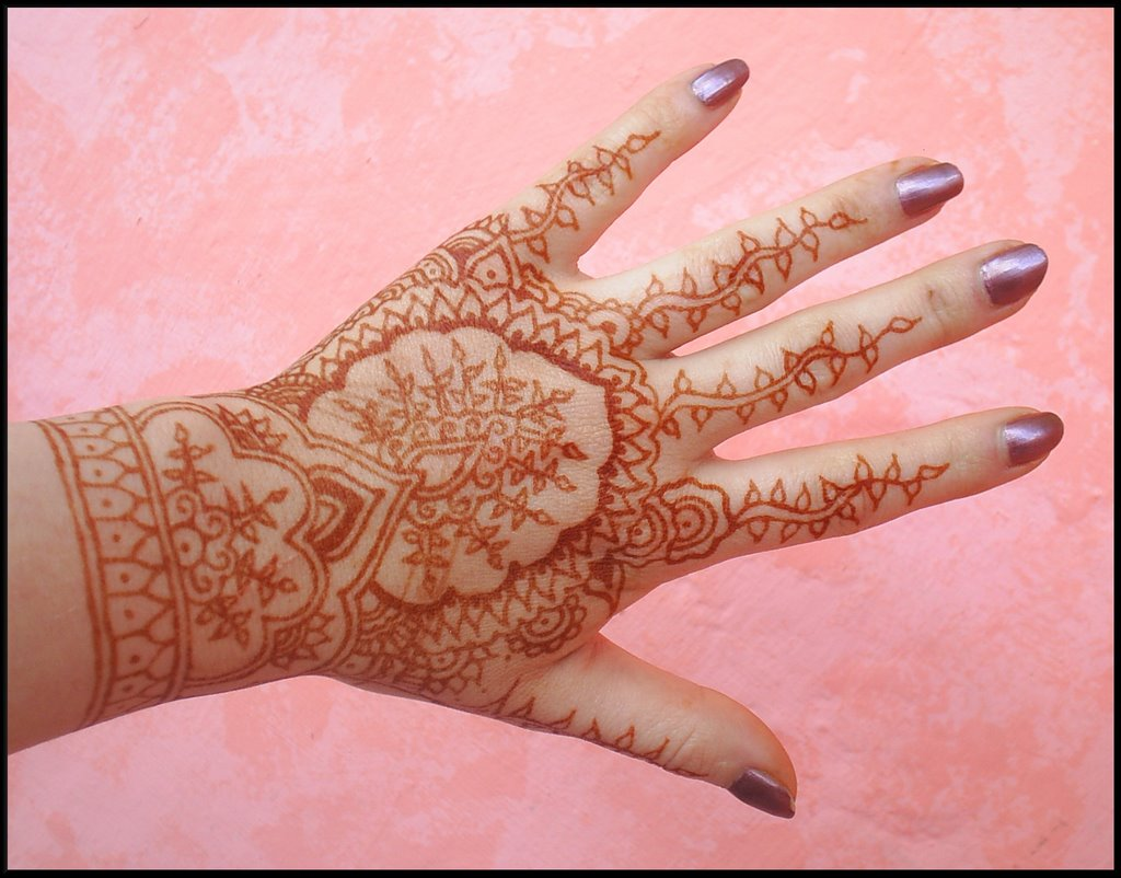 ma passion pour le henn motif traditionnel indien. Black Bedroom Furniture Sets. Home Design Ideas