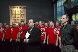 Darryl McIntyre, Peter Tatchell and the London Gay Men's Chorus - © Michael Cheetham 2006