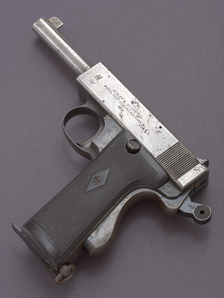 test vz 15 pistole
