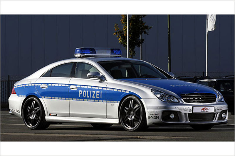fresh pics cool looking european police cars. Black Bedroom Furniture Sets. Home Design Ideas