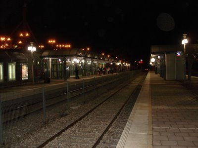 Bet Shemesh train station by night